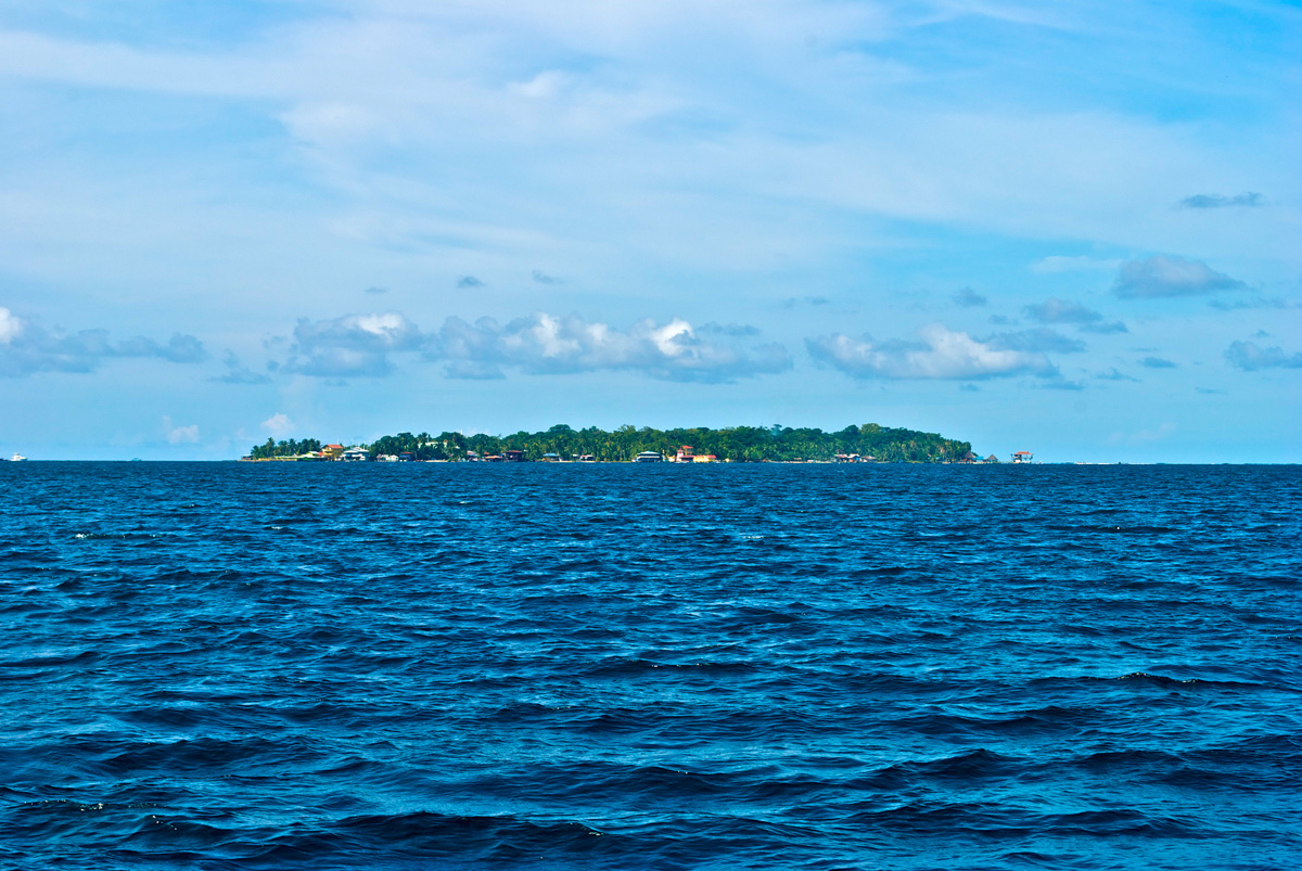 Bocas del Toro Real Estate: 4 Properties on Carenero Island you should check out!